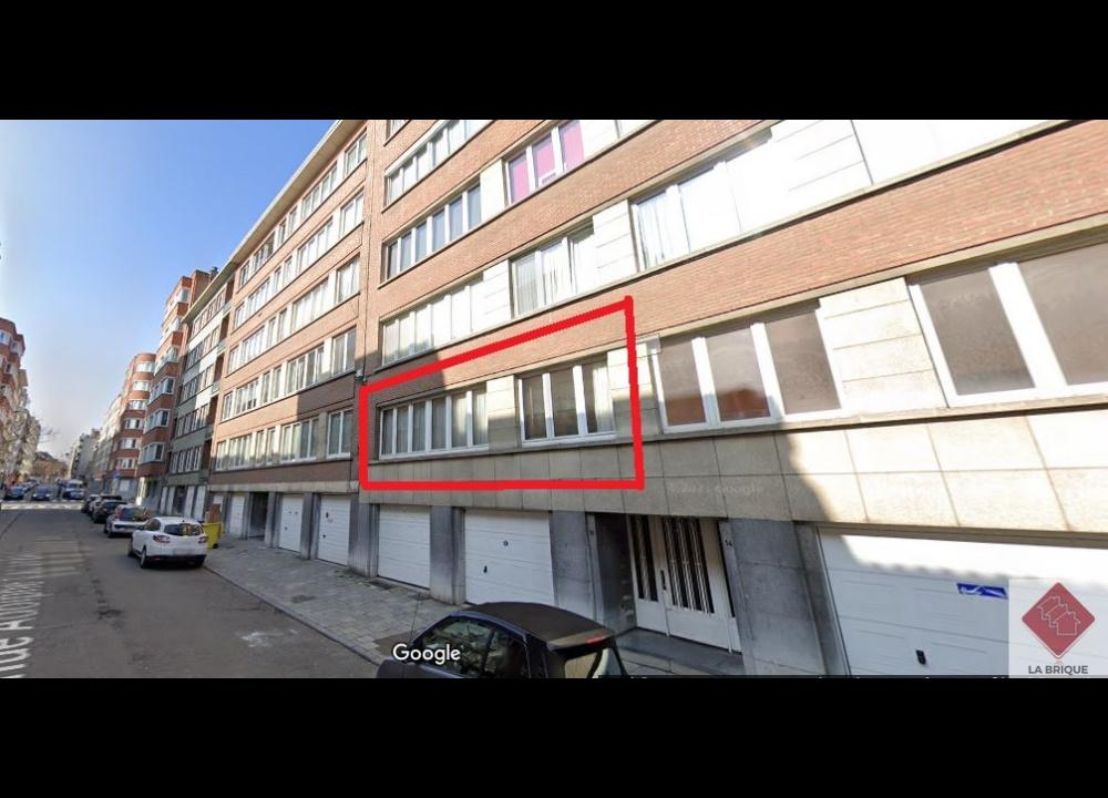***  SOUS OPTION ***A VENDRE -SCHAERBEEK - Appartement 2 chambres 100 m²